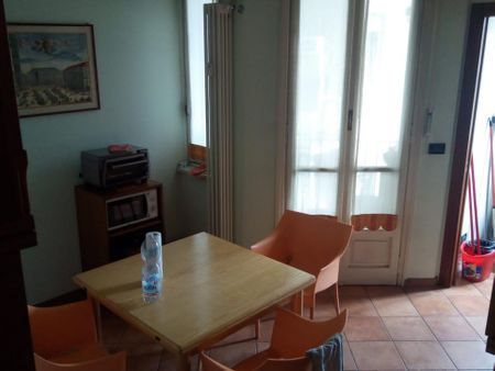 Single bedroom in a 2-bedroom apartment near Fermata 394 - COSENZA tram stop