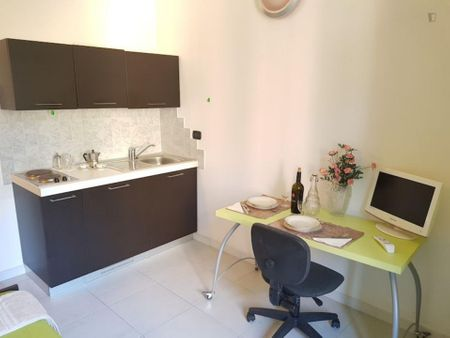 GA02 Lovely studio close to Porta Nuova