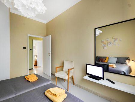 Cool 3-bedroom apartment near Alma Mater Studiorum - Università di Bologna