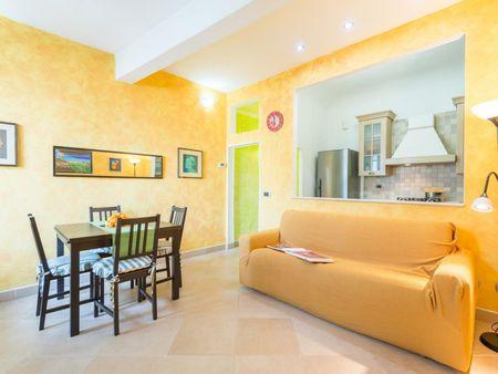 Appartamento colorato vicino alla Basilica di Santa Croce