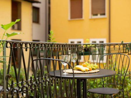 Amazing 2-bedroom apartment in Florence city centre