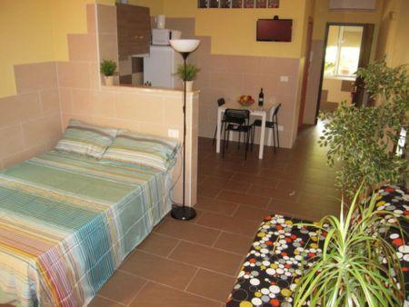 Stunning studio apartment in Corticella