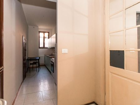 Snug single bedroom in San Salvario