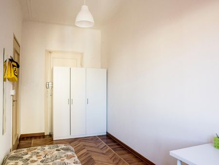 Snug single bedroom well connected to Politecnico di Torino