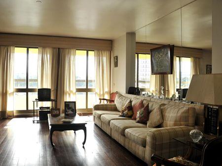 Single bedroom in a 3-bedroom flat in Sete Rios