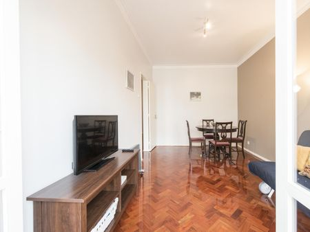 High-quality 2-bedroom apartment in Carnide