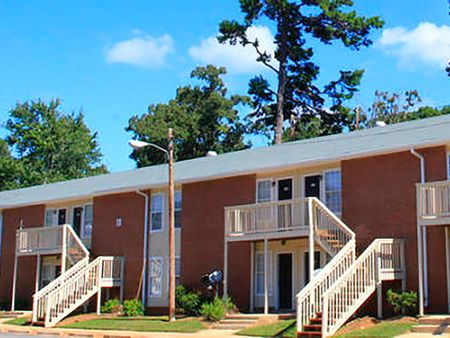 University Oaks Apartments