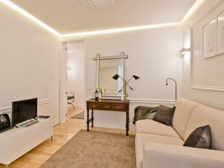 Tasteful 1-bedroom flat in São Bento