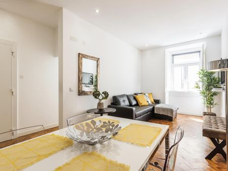 2-bedroom apartment in Bairro Alto