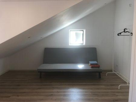 Homely studio in Ajuda