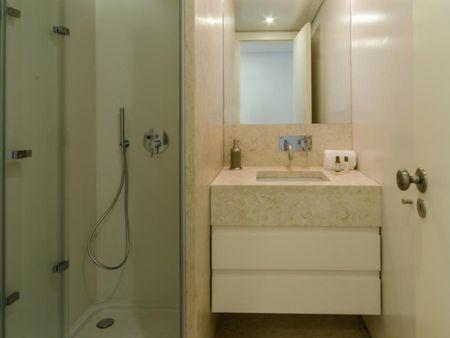 Charming 1-bedroom apartment near Miradouro da Graça