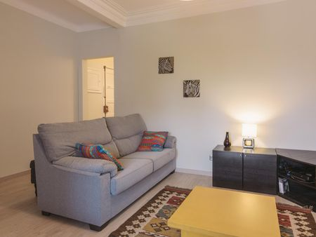 Cosy double bedroom with balcony, near Cidade Universitária