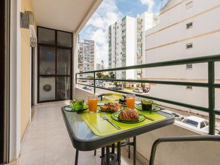 Cosy 1-bedroom apartment near Portimao train station