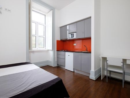 Roomy studio flat next to Universidade de Coimbra