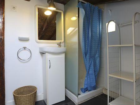 Comfy single bedroom not far from Parque de El Retiro