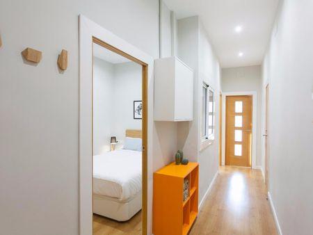 Very elegant 3-bedroom flat close to the Sant Antoni metro