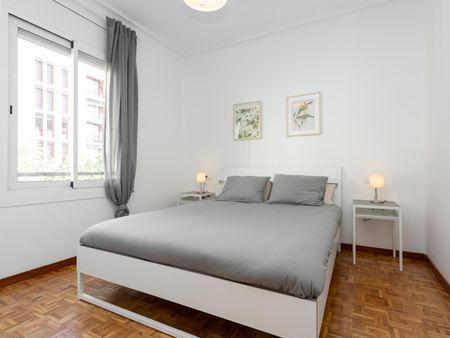 Bright 2-bedroom apartment near Universitat Politècnica de Catalunya