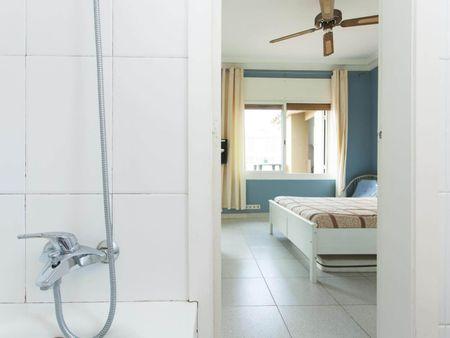 Cool 1 bedroom apartment close to Plaça de la Virreina