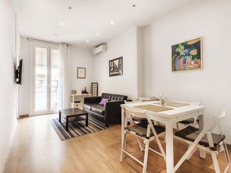Pleasant 2-bedroom apartment near Les Corts