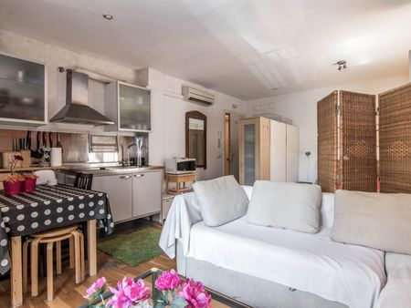 Trendy studio close to Barceloneta metro station