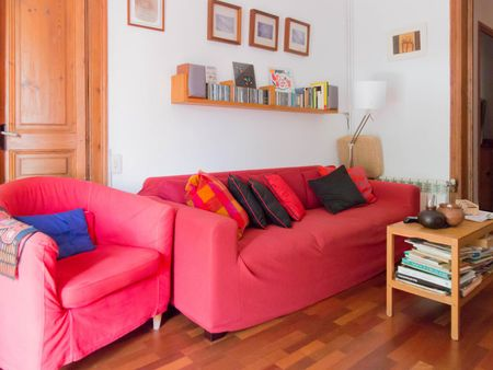 Cosy single bedroom next to Universitat de Barcelona