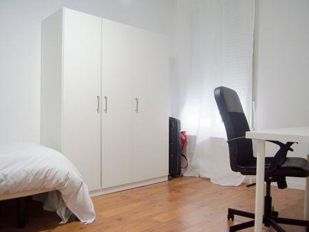 Nice single bedroom close to Parque de El Retiro