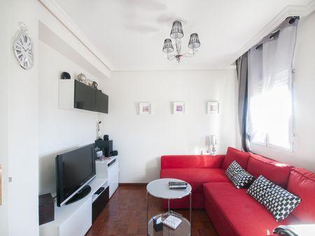 Cosy double bedroom in Hortaleza