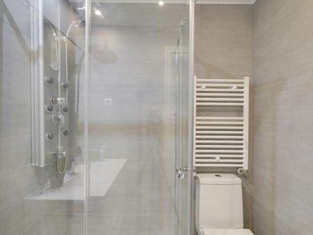 Captivating 2-bedroom apartment near the Núñez de Balboa metro