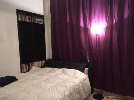 Double bedroom in a 3-bedroom apartment near Furio Camillo metro station
