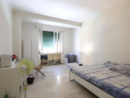 Cosy double bedroom with private balcony near Luiss university