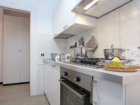Nice single bedroom in a 3-bedroom apartment near Porta Maggiore