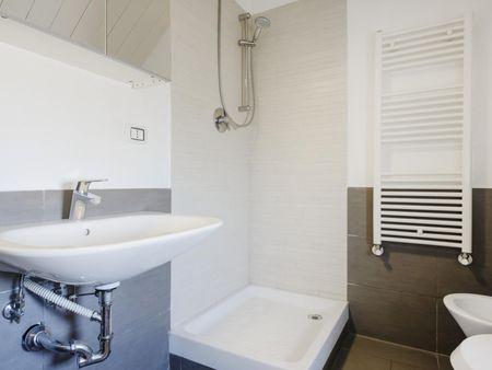 Nice room in renovated residence in Tor Vergata
