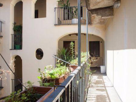 Nice apartment near Cairoli metro station