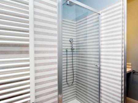 Cool 2-Bedroom apartment near Villa Carlo Alberto al Quirinale park
