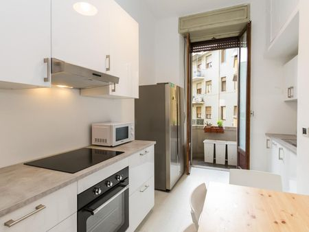 Wonderful single bedroom close to Porta Venezia Metro Station