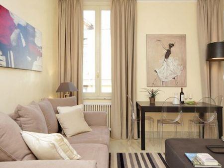 Comfortable 2-bedroom apartment near Piazza Barberini