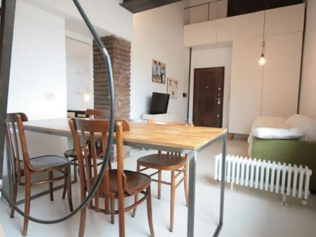 1-bedroom apartment in the heart of Rome: just 400mt away from Fori Imperiali and Colosseum!