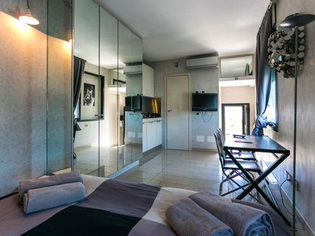 Amazing studio flat in the heart of Milan