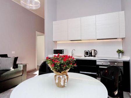 Stylish 1-bedroom apartment near Villa Carlo Alberto al Quirinale park