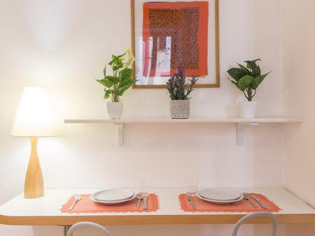 Beautiful 1-bedroom apartment close to Accademia Internazionale D'Alta Moda E D'Arte Del Costume Koefia