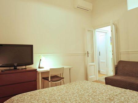 1-bedroom flat near Porta Romana and Bocconi