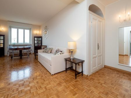 Delightful 2-bedroom flat in Sempione