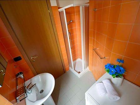 Spacious 2-bedroom apartment around Romolo metro station