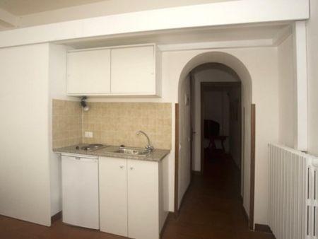 Bright studio flat in central Rome, near Sapienza Università di Roma