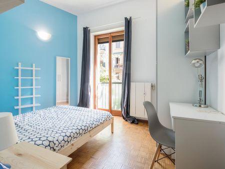Double bedroom in Guastalla neighbourhood
