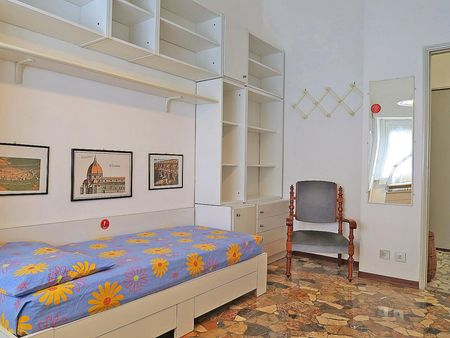 3-Bedroom apartment near Colonne di San Lorenzo