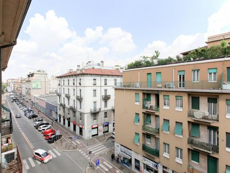 Charming apartment 2 rooms near Loreto metro station