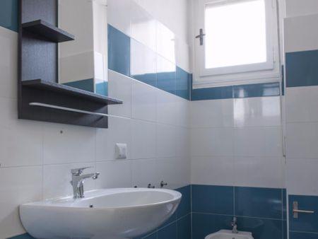 Comfortable double bedroom close to Sondrio metro station