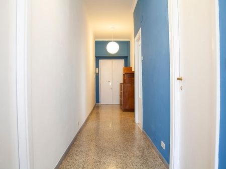 Single bedroom in a 3-bedroom apartment near Numidio Quadrato metro station