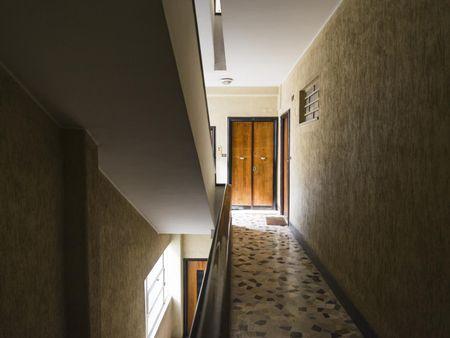 Modest double bedroom close to Sapienza Università di Roma